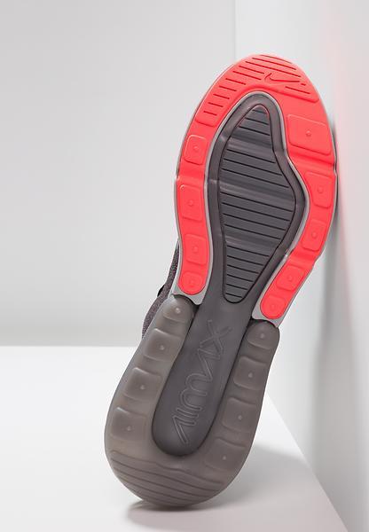 Nike Air Max 270 Flyknit Uomo
