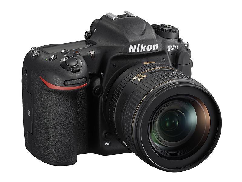 Nikon D500 + 16-80/2,8-4,0 VR