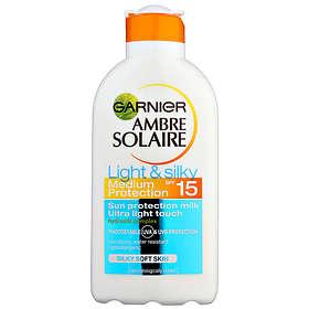Garnier Ambre Solaire Light & Silky Milk SPF15 200ml