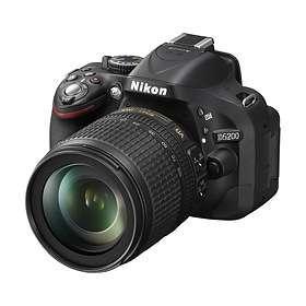 Nikon D5200 + 18-105/3,5-5,6 VR
