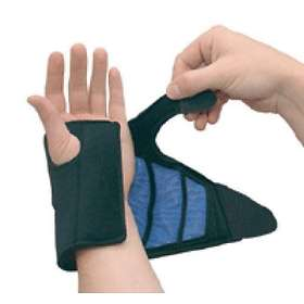 AcuLife 360 Hot Cold Wrist Therapy Brace