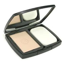 Chanel Mat Lumiere Extreme Sebum Control Powder Foundation
