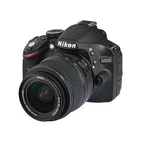 Nikon D3200 + 18-55/3,5-5,6 VR II