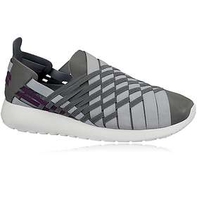 best website 7c453 2adb7 Find the best price on Nike Roshe Run Woven 2.0 (Women s)   Compare deals  on PriceSpy UK