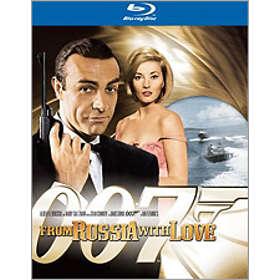 Agent 007 Ser Rött
