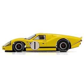 Scalextric Ford GT40 MKIV 1967 Sebring Winner (C3859)
