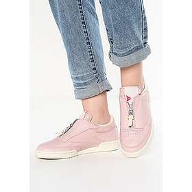 49b772c705bd57 Find the best price on Reebok Club C 85 Zip (Women s)