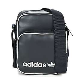 70e0a989ac7e Find the best price on Nike Core Small Items 3.0 Shoulder Bag ...