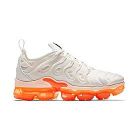 the best attitude f92e8 3e253 Nike Air VaporMax Plus Low (Women's)