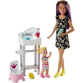 Barbie Skipper Babysitters Inc. Doll and Playset FJB01