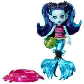 Monster High Monster Family Ebbie Blue Doll FCV67