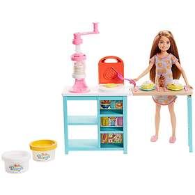 Barbie Breakfast Playset with Stacie Doll FRH74