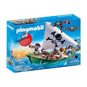 Playmobil Pirates 70151 Pirate Ship with Underwater Motor