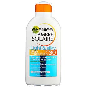 Garnier Ambre Solaire Light & Silky Milk SPF30 200ml