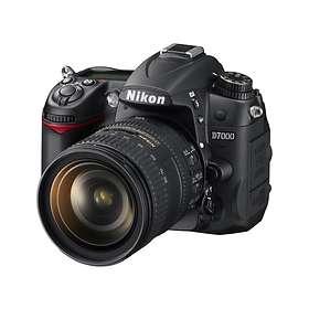 Nikon D7000 + 16-85/3,5-5,6 VR