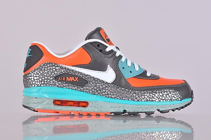 nouveaux styles ecfa7 3fee5 Nike Air Max Lunar 90 Deluxe (Men's)