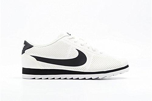 timeless design 4b05d 3284f Nike Cortez Ultra Moire (Women's)