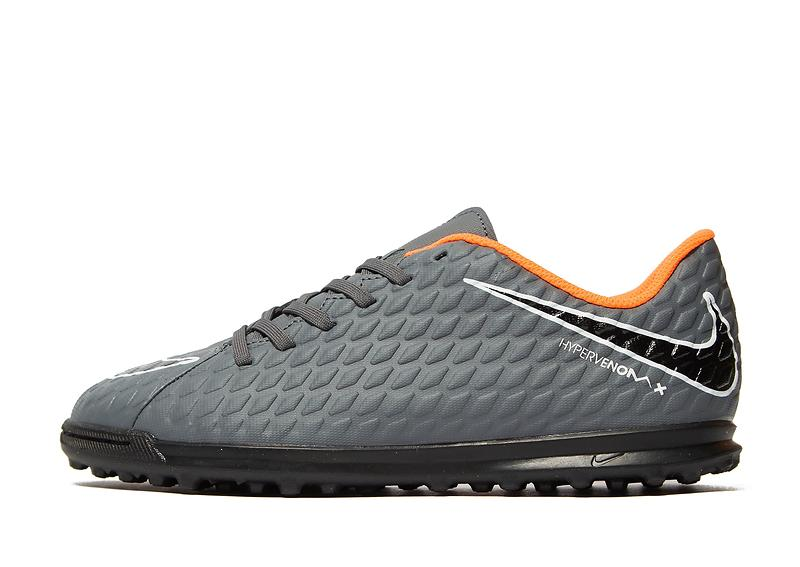 low priced 0ae0b e036f Nike Hypervenom Phantom III Club TF (Jr)