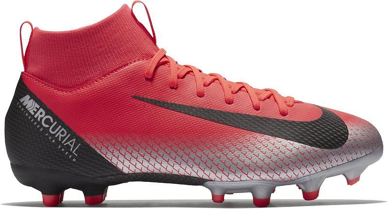 Hitta närmaste butik som säljer Nike Mercurial Superfly VI Academy DF CR7  MG FG (Jr) Fotbollsskor 5dcc8e0a68a61